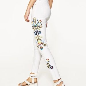 Zara white floral embroidered skinny jeans